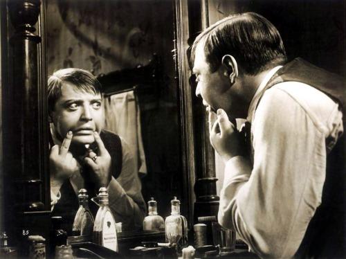 Fritz_Lang-M_mirror
